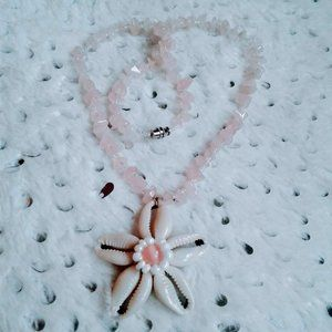 Jewelry - cowry shell flower pink gemstone pendant necklace